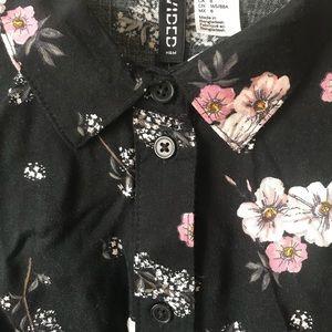 H&M Dresses - H&M Floral Shirtdress
